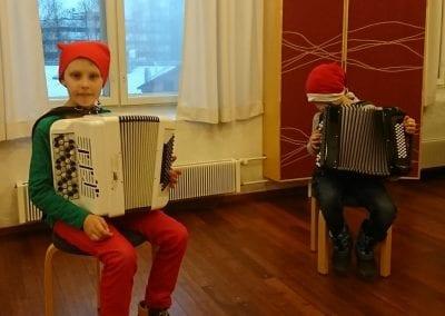 Hätäset – Tonttujen jouluyö